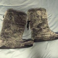Unionbay Yeti Boots Size 9 Union bay Yeti boots size 9 Never Worn Unionbay Shoes Winter & Rain Boots