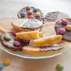 Entdecke wie Du die perfekten Party-Amerikaner aus dem Thermomix® selber backst - der Hit auf der nächsten Party, versprochen! ❤️ Zum selber naschen oder als Geschenk, erfreut dieses Gebäck Deine Lieben! Alle Rezepte sind ✅ geeignet für TM5® und TM31 ✅ getestet ✅ gelingsicher ✅ schnell und leicht nachzumixen ❤️ Cake & Co, Camembert Cheese, Muffins, Food And Drink, Pudding, Party, Desserts, T5, Ipad