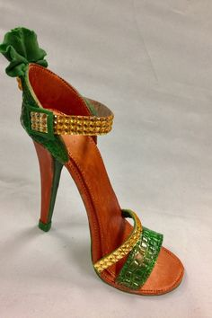 Fondant High Heel Shoe/ Cake Topper/Green and gold gumpaste shoe topper by SweetCakeFetish on Etsy