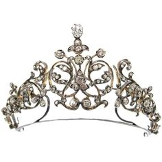 French Princely Family Collection Antique Diamond Tiara Convert... ❤ liked on Polyvore featuring jewelry, tiaras, antique jewellery, diamond jewelry, convertible jewelry, diamond jewellery and antique diamond jewelry