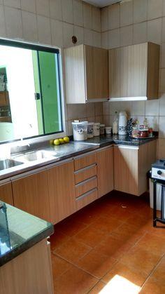 Cozinha planejada, produzida em MDF 15mm.