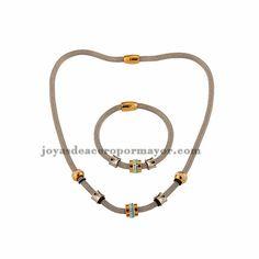 collar de carrie bradshaw para las damas en estilo de perlas