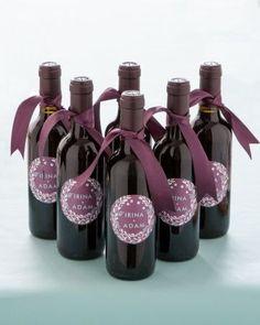 small bottles of wine for wedding favors | Mini wine bottle favors with custom labels | Wedding Favors