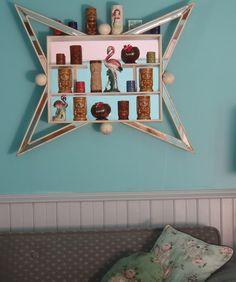 Shadowbox with Tiki mugs and flamingos Mid Century Decor, Mid Century House, Mid Century Furniture, Mid Century Design, Atomic Decor, Tiki Decor, Tiki Lounge, Tiki Room, Retro Furniture