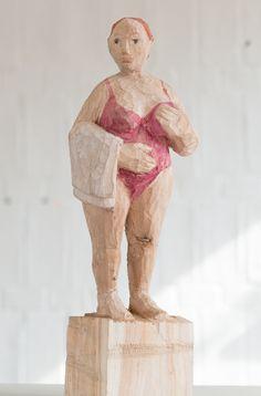 Wood Sculpture, Sculptures, Whittling, Spikes, Wood Carving, Diy Design, Sculpting, Ceramics, Statue