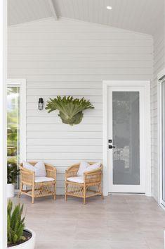 Indoor Outdoor Living, Outdoor Rooms, Outdoor Patios, Deck Patio, Backyard, Round Wooden Coffee Table, Outside Room, Alfresco Area, Street House
