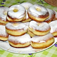 Hagyományos édes fánk | Nosalty Hungarian Cake, Hungarian Recipes, Wonderful Recipe, Sweet And Salty, I Foods, Doughnut, Yummy Food, Sweets, Breakfast