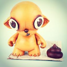 Little #chihuahua #kidrobot #munny and a piece of shit #tbt