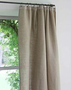 rideaux en lin et anses en cuir textiles. Black Bedroom Furniture Sets. Home Design Ideas