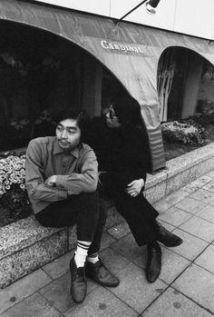 銀座ソニービルの「カーディナル」の前で。1968年10月26日(撮影/野上眞宏)