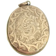 Victorian hand engraved rose gold plate locket Antique Items, Vintage Items, Engraved Locket, Fort Knox, Hand Engraving, Rose Gold Plates, Custom Jewelry, Pendant Jewelry, Rose Rings