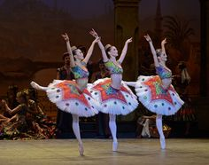 English National Ballet - Le Corsaire Odalisques - Shiori Kase, Alison McWhinney, Laurretta Summerscales photo - © Dave Morgan