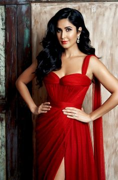 Today we have brought for you Katrina Kaif hot and sexy photos and these images are completely impressive. All the pics of Katrina Kaif are exclusive. Bollywood Stars, Bollywood Fashion, Beautiful Indian Actress, Beautiful Actresses, Bollywood Celebrities, Bollywood Actress, Girl Celebrities, Katrina Kaif Images, Katrina Kaif Photo