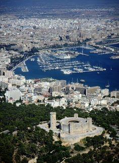 Palma Port : The port and castle, Palma de Mallorca. Mallorca | mallorcaheli