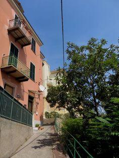 Imperia - Via Giovanni Donaudi http://ift.tt/2k66Abc