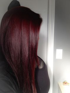 My new hair color ! # My new hair color ! # - Unique World Of Hairs Pelo Color Vino, Pelo Color Borgoña, Hair Color Dark, Cool Hair Color, Color Red, Hair Colors, Burgundy Colour, Dark Red Haircolor, Dark Red Balayage