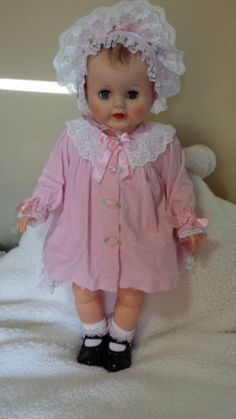 VINTAGE-BIG-28-PLAYPAL-BABY-DOLL-OUTSTANDINGLY-BEAUTIFUL-OLD-FASHIONED-EUC