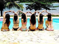 cool photo idea, more for bridesmaids than bikinis Artsy Photos, Cute Photos, Cute Pictures, Selfies, Love My Best Friend, Senior Trip, Best Friend Pictures, Instagram Life, Summer Pictures