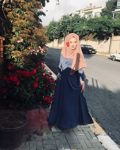 Hijabi Girl, Girl Hijab, Hijab Outfit, Muslim Fashion, Modest Fashion, Hijab Fashion, Beautiful Iranian Women, Beautiful Hijab, Hijab Style Tutorial
