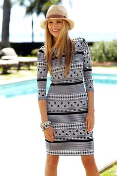 502e3f2211 Spring Break  A Graphic Dynamic -- Black   White Geo Dress .