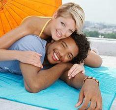 http://whitewomenblckmendating.blogspot.com/2013/10/white-women-dating-importance-of-honesty.html