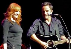 """Bruce Springsteen Comes Clean About Divorce from Julianne Phillips: """"My poor handling of this is something I regret to this day"""""""