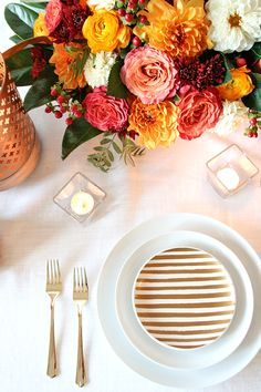 Modern Metallics Styled with Fall Colors - www.theperfectpalette.com - Color ideas for weddings + parties