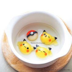 Image shared by Find images and videos about cute, food and pokemon on We Heart It - the app to get lost in what you love. Mochi, Cute Food, Yummy Food, Cute Bento Boxes, Kawaii Bento, Bento Recipes, Edible Food, Cute Desserts, Food Humor