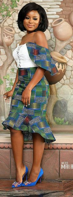 The Most Popular African Clothing Styles for Women in 2018 African Inspired Fashion, African Dresses For Women, African Print Dresses, African Print Fashion, African Attire, African Wear, African Fashion Dresses, African Women, African Beauty
