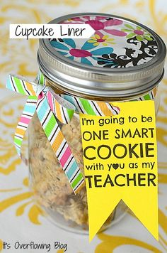 Teacher gift Mason Jar Cupcake Liner with Cookies