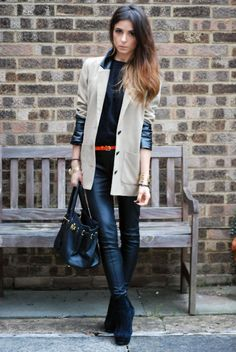 Perfection ! Tan blazer with leather details