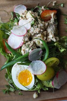Nicoise Open Face Sandwiches   recipe from Honestly Yum