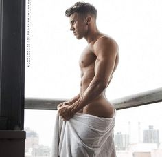 nothing but hot men Booty Goals, Hard Men, Guy Pictures, Black White Photos, Cute Gay, Man Photo, Male Beauty, Perfect Man, Male Body