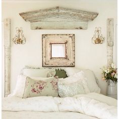 Salvaged Architectural Posts and Pediment - using repurposed salvaged pieces in the home - Vicky's Home: Estilo rural y romántico / Romantic Rural Style