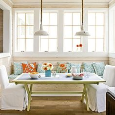 Coastal breakfast nook with built in bench Southern Living Texas Idea House} Kitchen Banquette, Banquette Seating, Dining Nook, Kitchen Nook, Kitchen Seating, Kitchen Ideas, Kitchen Dining, Kitchen Tables, Kitchen Windows
