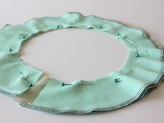 How to make a circular ruffle. This tute shows you how to calculate the diameter of the circle you need to make a ruffle any length you want.