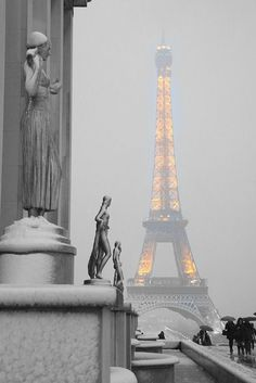 "best-things: "" The Eiffel Tower on a snowy evening """