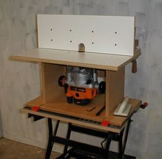 Simple Router Table - christophermerrill.net