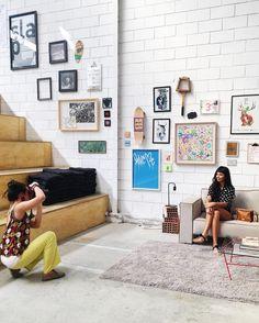 Já ouviu falar de moda colaborativa? Fomos conhecer a linda e estilosa @marivferrari, do marketing da @malha.cc, novo projeto do @carvalhando ✨A historia dela e desse business superbacana, que nasceu apenas há 4 meses, é um dos highlights do nosso #iLoveeRio #SummerStories {no ar a partir do dia 12} Tem mais no #stories 👆🏼📸🌿 . . . #inlove #lookdodia #fashion #fashionista #glamour #decor #decoração #instamoda #look #love #instago #architecturelovers #designinspiration #designideias #insta