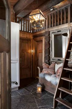 Styles and ambiance that appeal to me. Will a them emerge? Cozy Cabin, Cozy Cottage, Chalet Interior, Interior Design, Country Style Living Room, Cabins And Cottages, Log Homes, Great Rooms, House Ideas