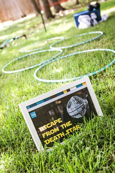 65 Star Wars Party Ideas The Force Is Strong In This List! - Printable Star Wars - Ideas of Printable Star Wars - Escape the Death Star; destroy the death start (cornhole); light saber war (choose light or dark side) Star Wars Party Games, Kids Party Games, Birthday Party Games, 6th Birthday Parties, Birthday Ideas, Star Wars Birthday Games, Star Wars Day, Star Wars Kids, Cumpleaños Angry Birds