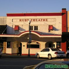 The #RubyTheatre in #Chelan.  #LakeChelan #theatre #MovieTheatre #SmallTownLife #NorthCentralWashington #NCWLove #ncwpics