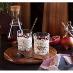 #Glass Francine #Interiør #Kremmerhuset Brunch, Pudding, Glass, Food, Drinkware, Essen, Puddings, Yemek, Yuri