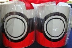 Caneca Personalizada Pokebola Canning, Party, Internet, Layout, Pokemon Birthday, Personalized Mugs, Colors, Ideas, Fiesta Party