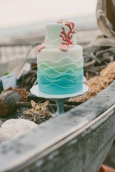 Cute nautical themed cake! Surf Cake, Surfboard Cake, Seaside Wedding, Diana Wedding, Nautical Wedding, Beach Weddings, Wedding Cake Designs, Wedding Cakes, Nautical Cake
