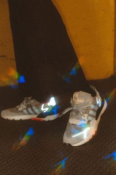 The 2020 adidas Nite Jogger features reflective materials and classic colorways with the comfort of BOOST in a new silhouette. Ladies Gym Wear, Gym Wear For Women, Womens Gym, Clothes For Women, Gym Tops Women, Sports Women, Joggers Shoes, Girls Sportswear, Sport Outfits