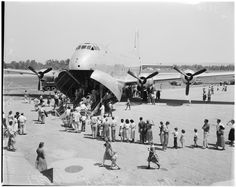18 May 1952 Open house at Van Nuys Airport.