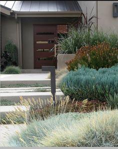 beautiful zeric-style entrance Okanagan garden ideas