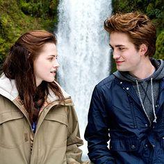 Kristen Stewart to visit Robert Pattinson in Australia in attempt to save her relationship!
