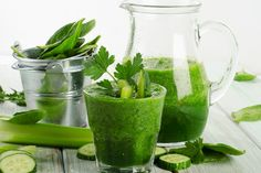Lean and Green!  1/2 Tall Cup Kale 3 Sprigs Parsley 2 Chunks Cucumber 1/2 Stalk Celery 1/2 Pear 1.2 inch Ginger 1 Splash Apple Cider Vinegar Fill to Max Line Water  Suggestion: Don't blend for too long or else it gets very foamy.  https://www.nutriliving.com/recipes/lean-and-green